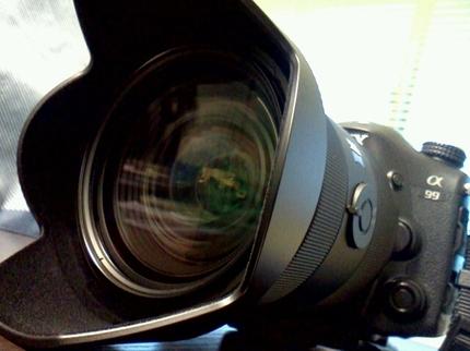 α99には標準ズームレンズ「SAL2470Z」が最適 結婚式 写真 カメラマン
