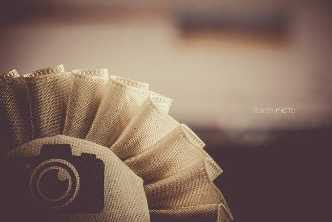 新郎新婦さん手作りのカメラマン専用ロゼットを付けて写真撮影に臨みました