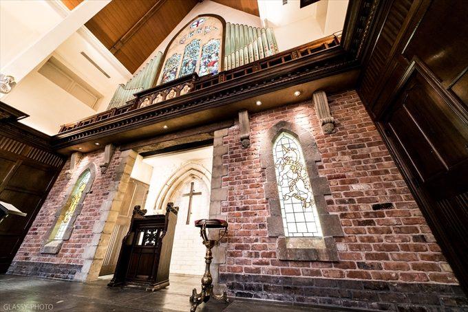 セント・ジョージの祭壇はレンガが組まれていて重厚な感じがします
