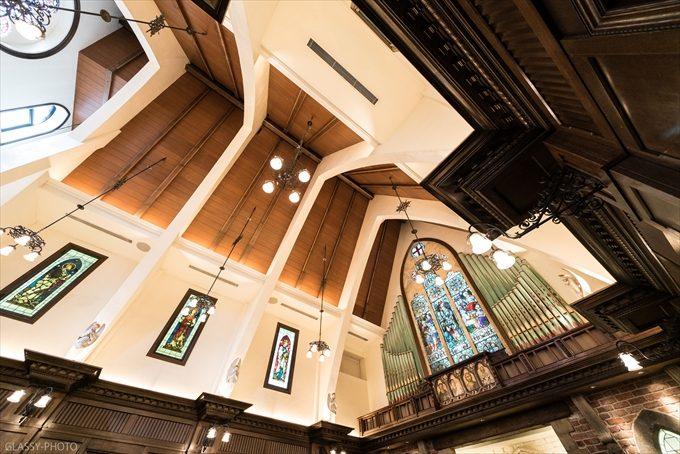狭くても天井が高いと開放的でいいですね!