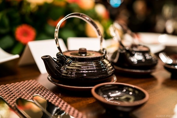 和風な披露宴での食事にふさわしい料理の土瓶蒸し