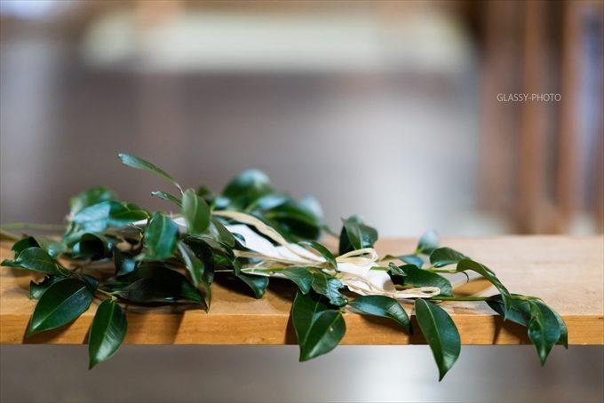 玉串に自分の心をのせ神にささげる儀式を「玉串奉奠」や「玉串拝礼」という