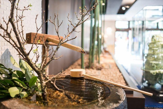 日本の家屋には滴る水の音が良いBGMとなります