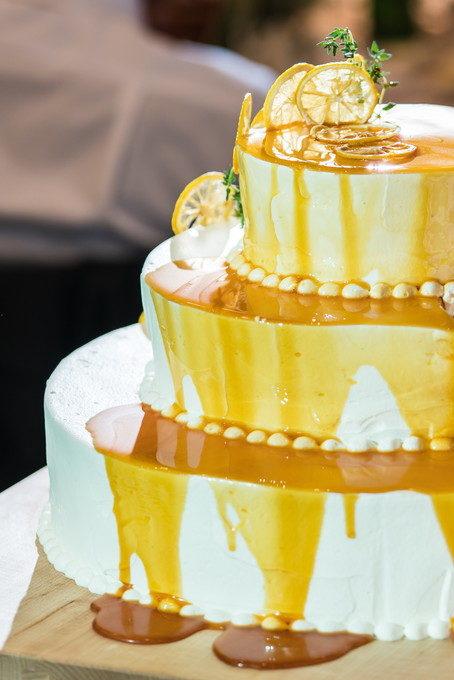 こんな感じに仕上がります これを「垂らしこみケーキ」のセレモニーと言います