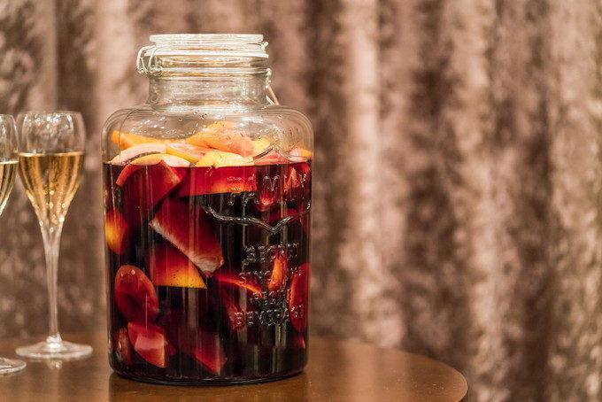 ゲストのみんなで作ってもらった果実酒が出来上がるのが楽しみですね
