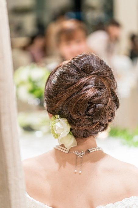 花嫁さんのヘアースタイルは3パターンほどのアレンジが行われます