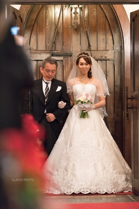 お父さんと花嫁さんの入場