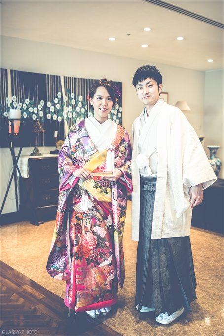 色打掛の花嫁と新郎