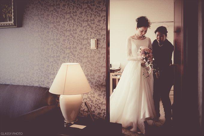 花嫁さんのメイクシーンへ