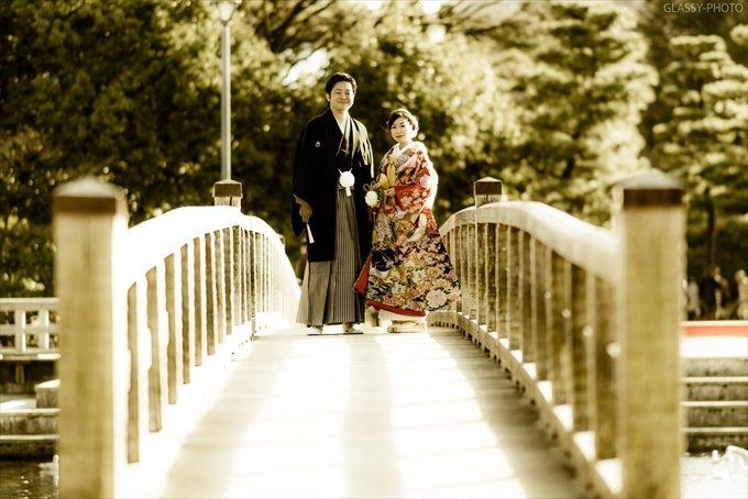 白鳥庭園さんの象徴的な橋で