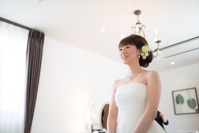 花嫁さんの準備が整ったとのことで、メイクルームに呼ばれました