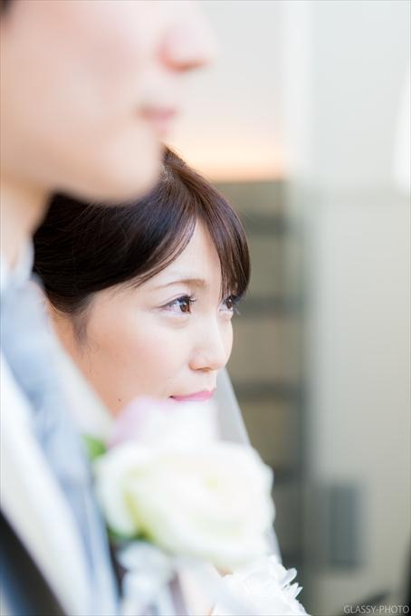 ベールアップで花嫁さんの綺麗なお顔がみえてきます