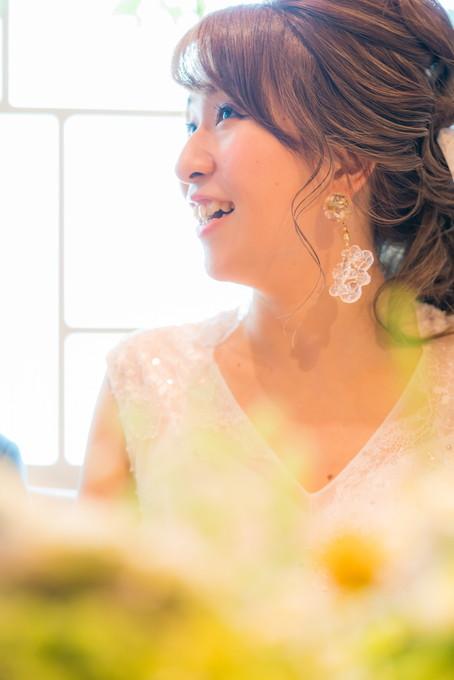 キラキラと輝く笑顔の花嫁さん