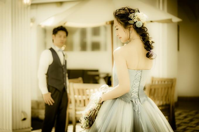 花嫁のウェストサイズで後ろ姿