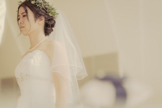 ベールを上げてもらった後の花嫁さんの表情