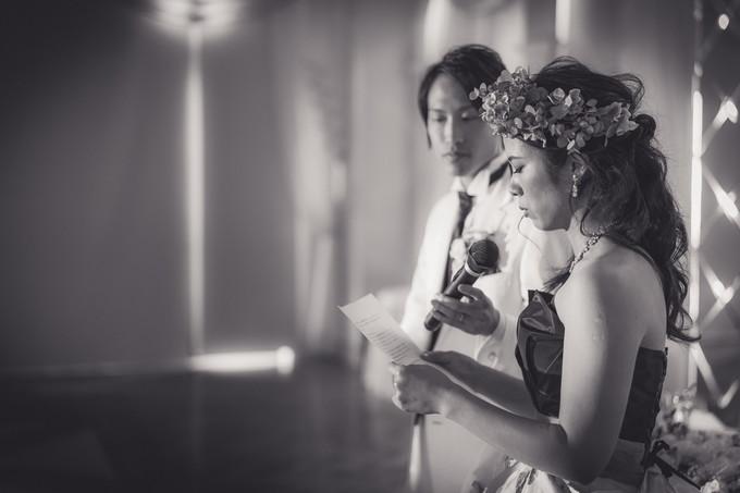 両親へ感謝を伝える花嫁の横顔