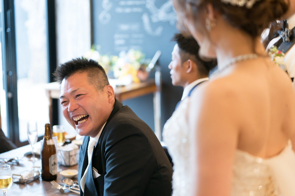 ゲストの皆さんもそれに笑顔で応えます