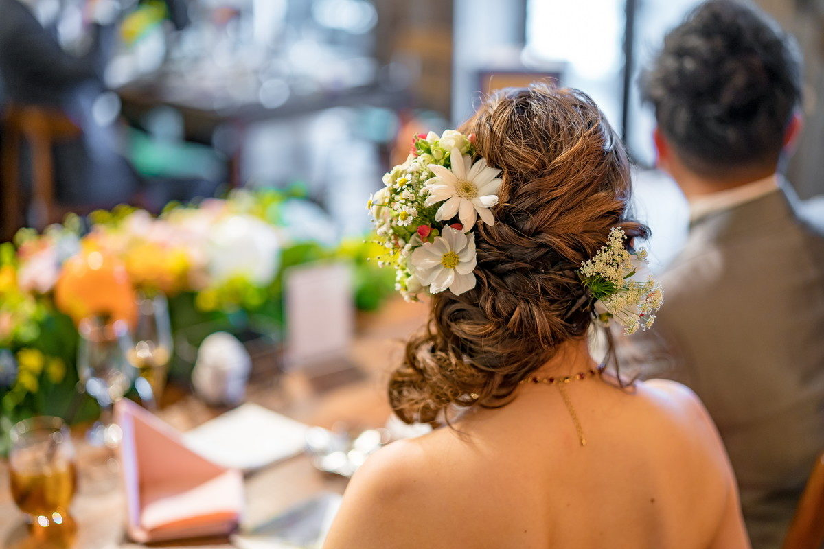 お色直し後の花嫁のヘアースタイルもかわいい!