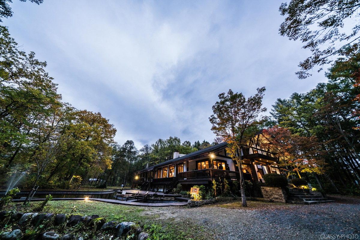 「四季山庭」はホテルシェラリゾート白馬の別邸という位置づけみたいです