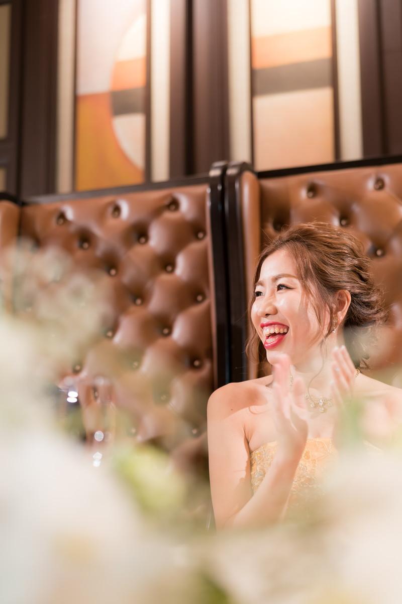 笑顔が光る花嫁