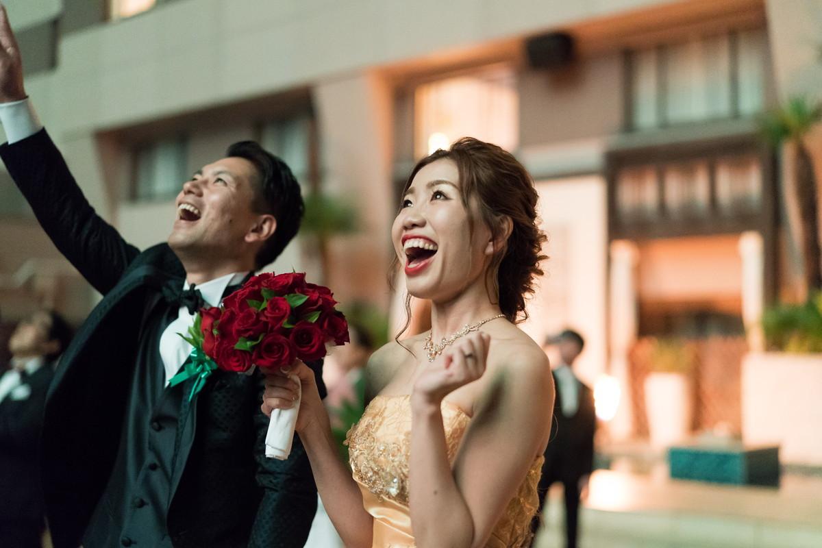花嫁さんもモリに盛り上がり!